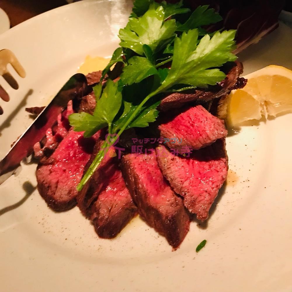 お肉料理の写真